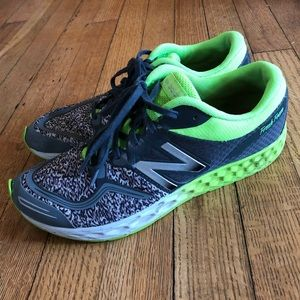 Women's size 7 new balance sneakers